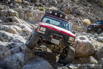 Off-Road Basics: Axle Articulation - Got Flex? | DrivingLine
