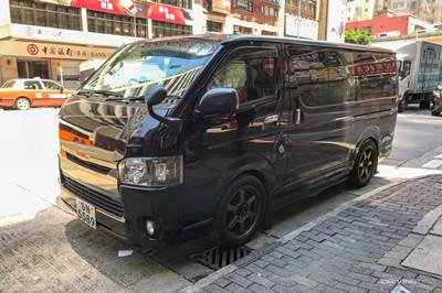 19aec4a12f worlds coolest minivan black and boxy Hong kong