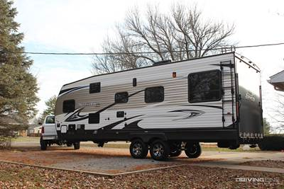 Toy Haulin' with Jayco: Octane Super Lite 260 Review