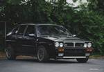 Lancia Delta HF Integrale front 3/4 picture