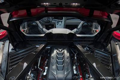 Mid Engine Showdown Acura Nsx Vs 2020 C8 Corvette Drivingline