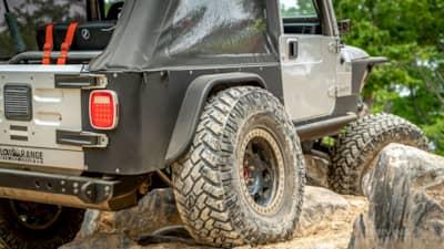 all terrain versus mud terrain tire review nitto trail grappler lj jeep wrangler