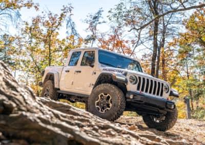 all terrain versus mud terrain tire review nitto trail grappler jeep gladiator